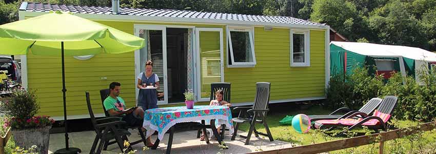 Accommodatie op camping Polleur met ruim zitgedeelte buiten